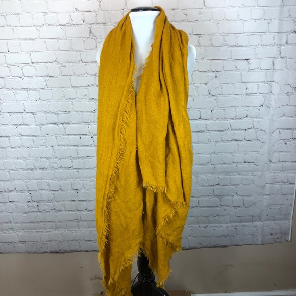 💥 5/$25 - Zara Blanket Scarf